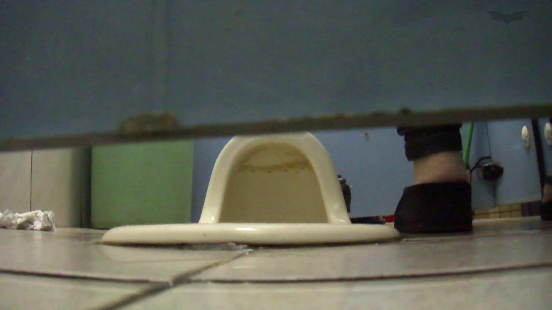 巨乳おまんこ:JD盗撮 美女の洗面所の秘密 Vol.79:怪盗ジョーカー