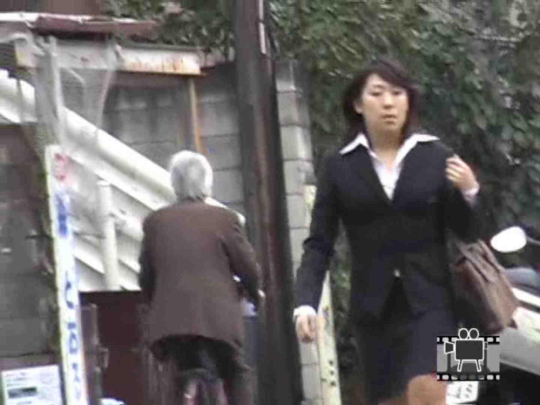 スカートめくって逃げる マルチアングル われめAV動画紹介 98PIX 18