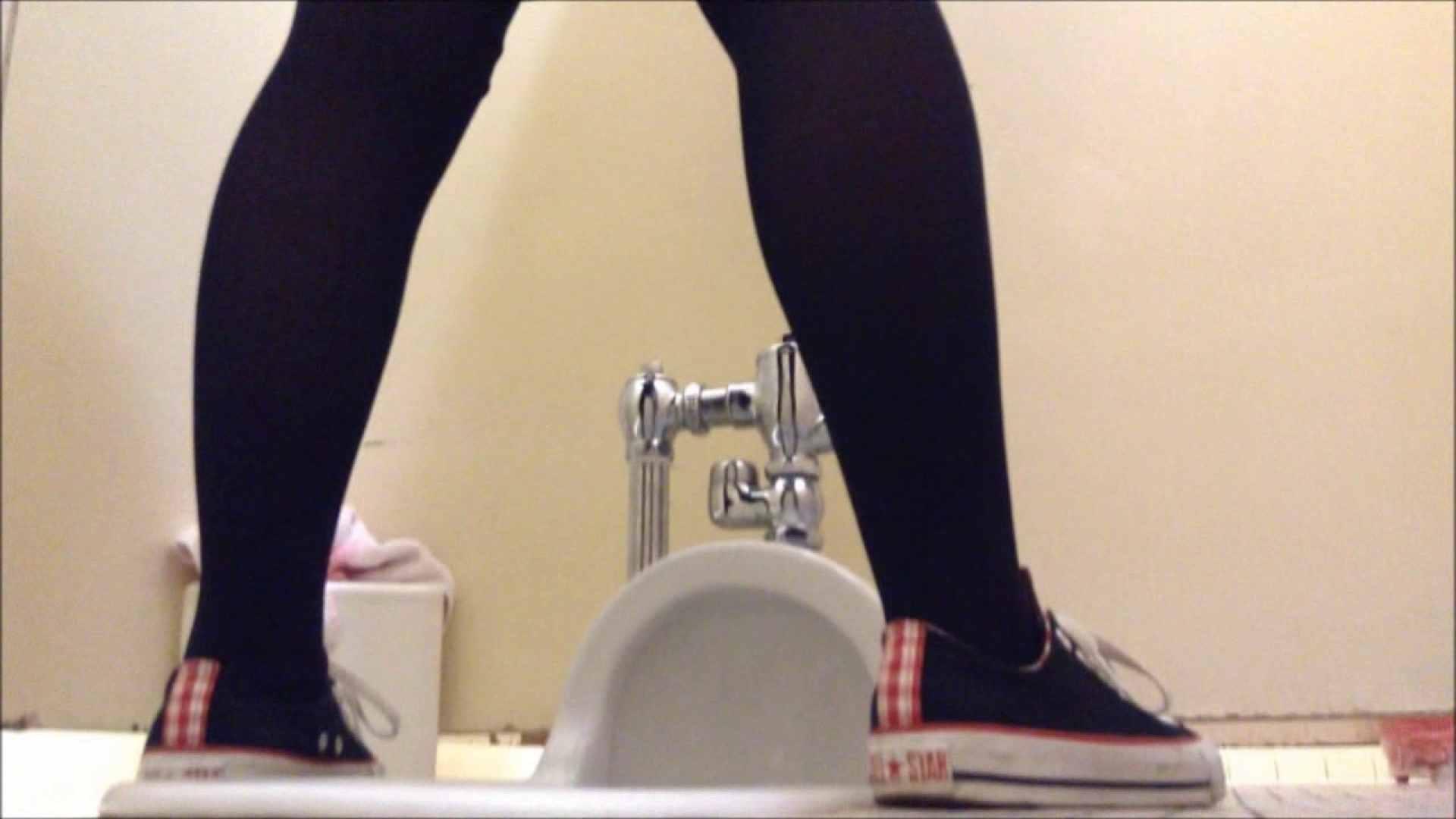 某有名大学女性洗面所 vol.02 和式 ヌード画像 98PIX 62