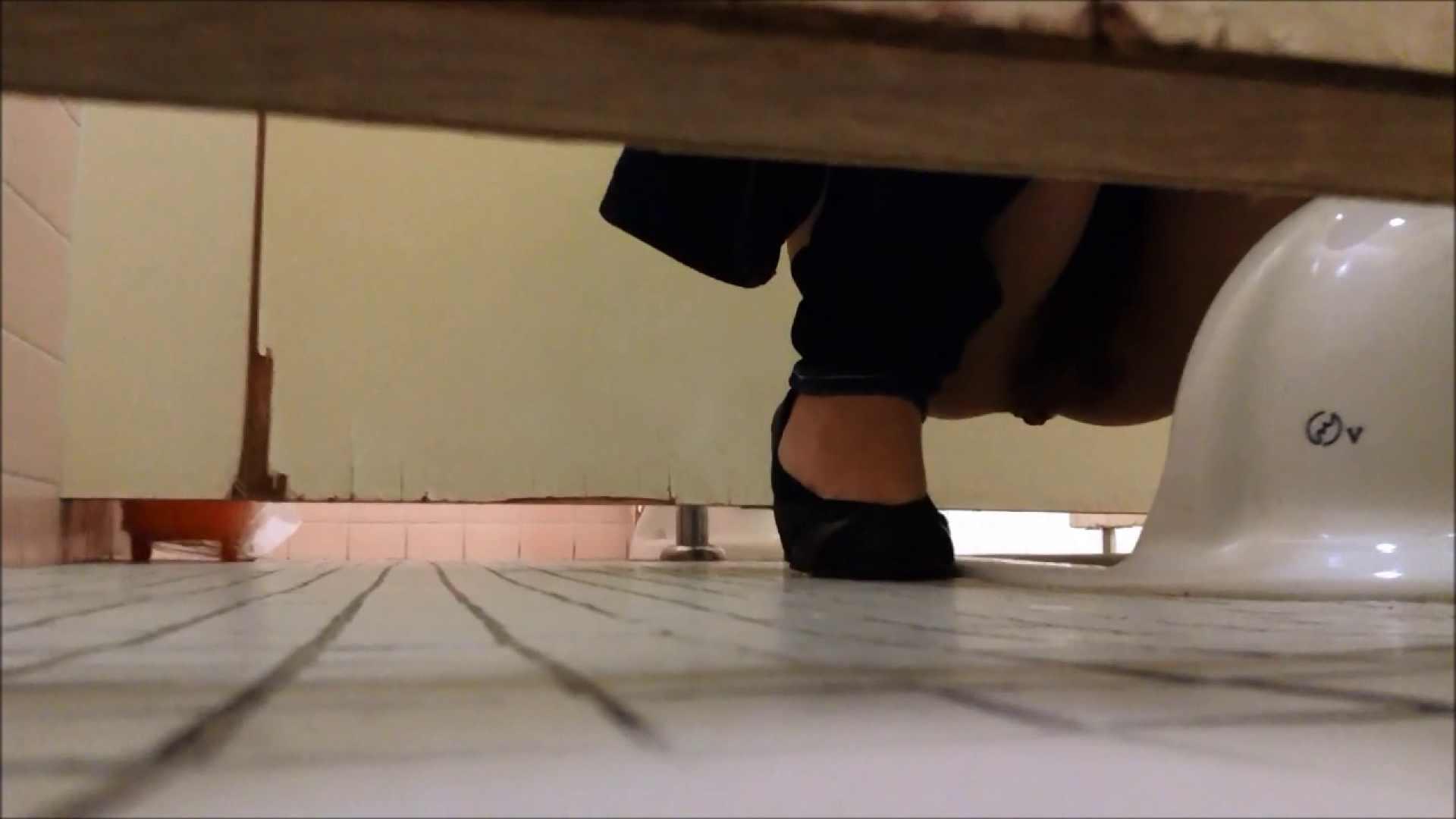 某有名大学女性洗面所 vol.06 和式 | 潜入 のぞき 80PIX 67