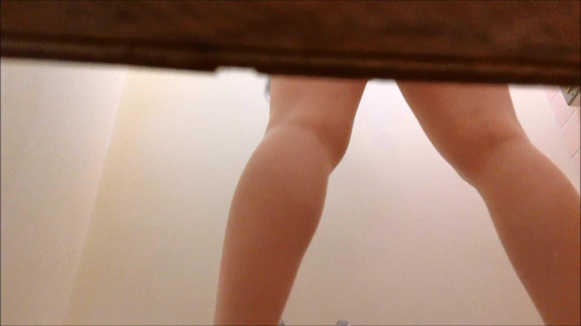 某有名大学女性洗面所 vol.14 和式 のぞき 105PIX 45