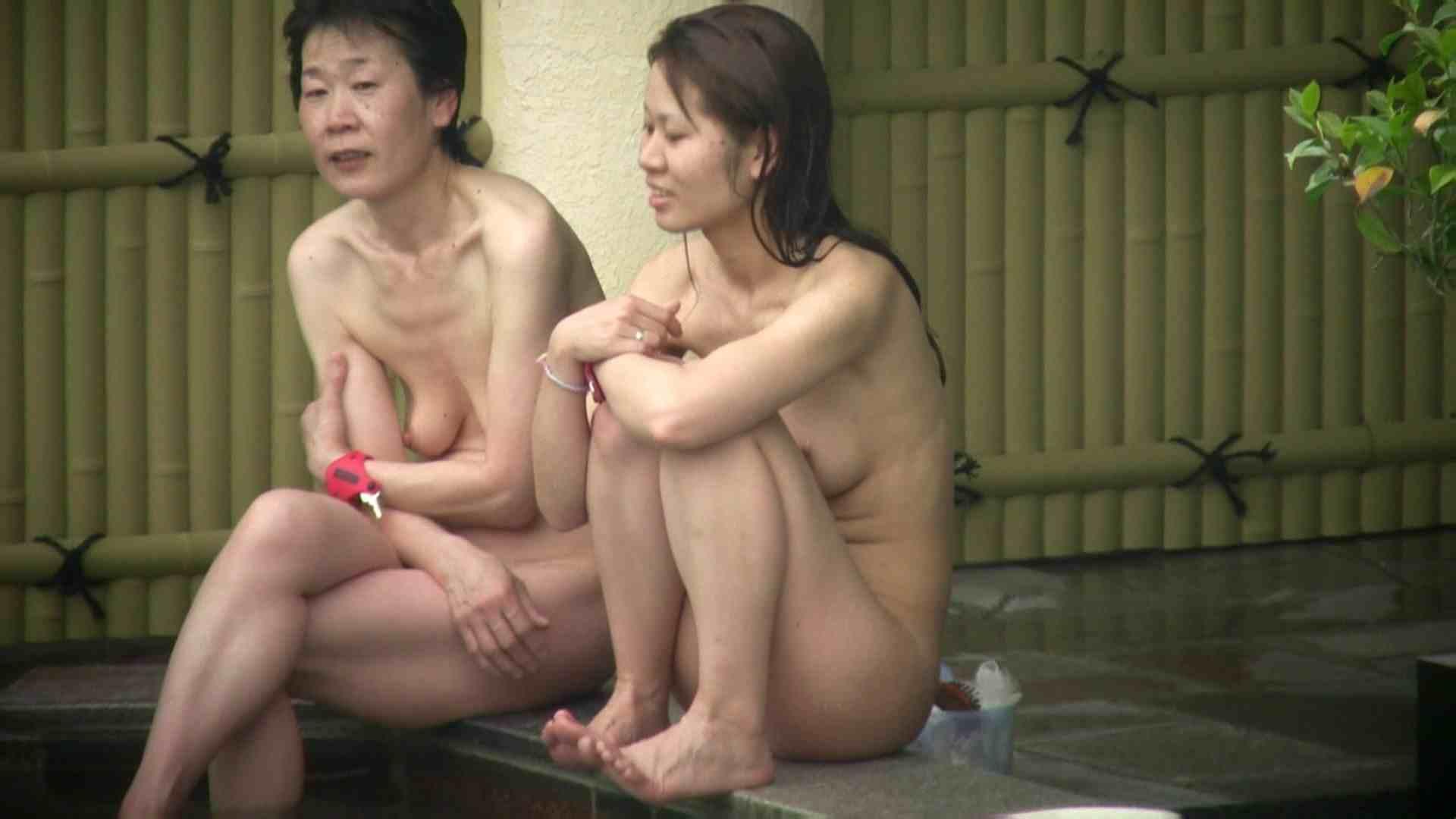 Aquaな露天風呂Vol.07 盗撮シリーズ  94PIX 76