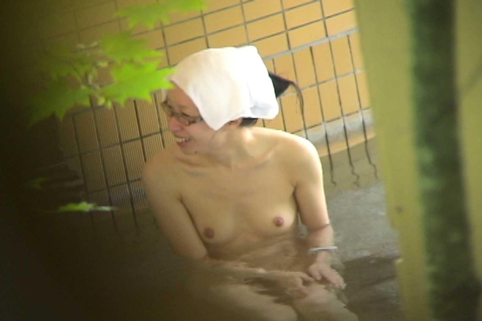 Aquaな露天風呂Vol.703 盗撮シリーズ   露天風呂編  95PIX 49