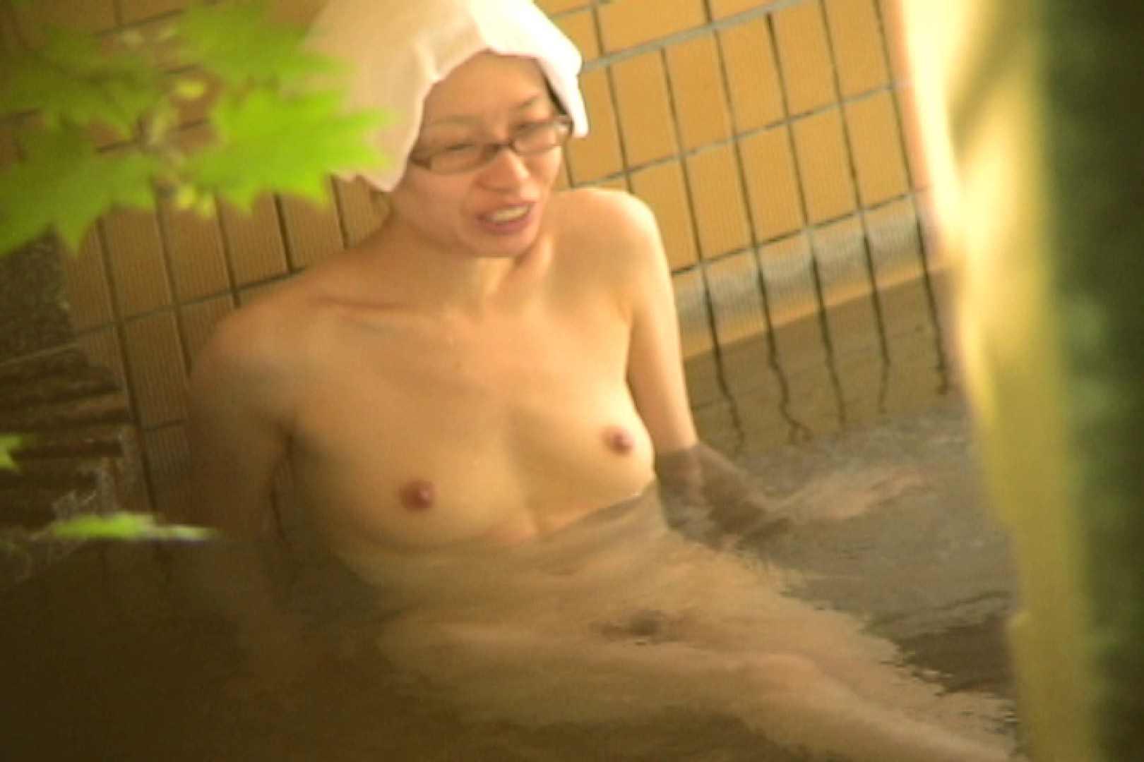 Aquaな露天風呂Vol.703 盗撮シリーズ   露天風呂編  95PIX 63