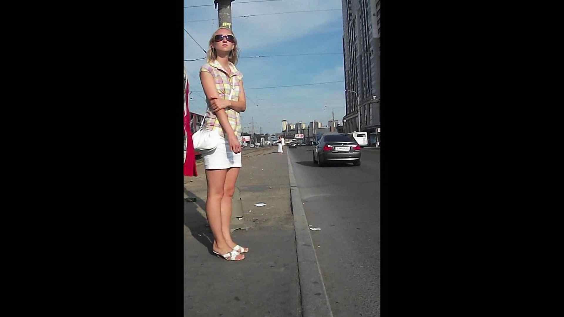綺麗なモデルさんのスカート捲っちゃおう‼vol05 お姉さんのエロ動画  102PIX 6