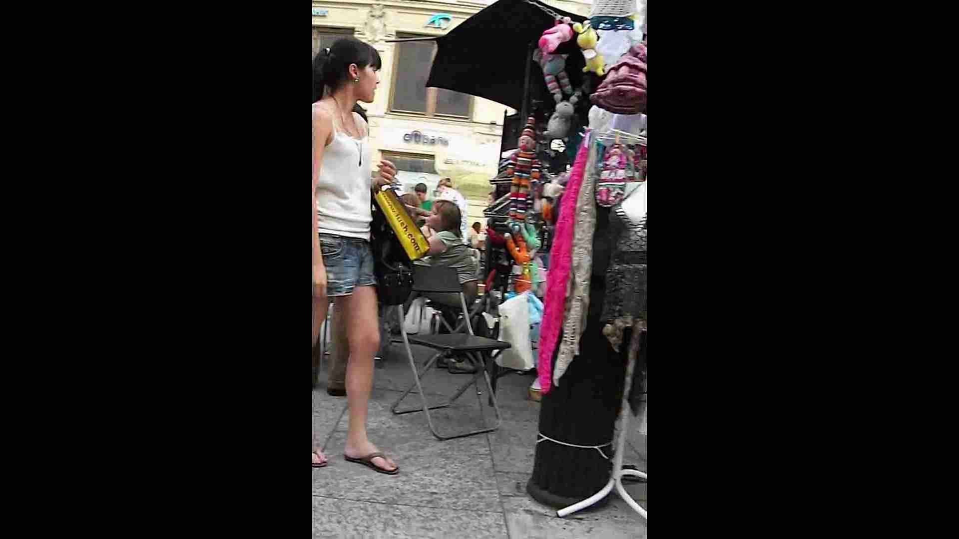 綺麗なモデルさんのスカート捲っちゃおう‼vol05 お姉さんのエロ動画  102PIX 30