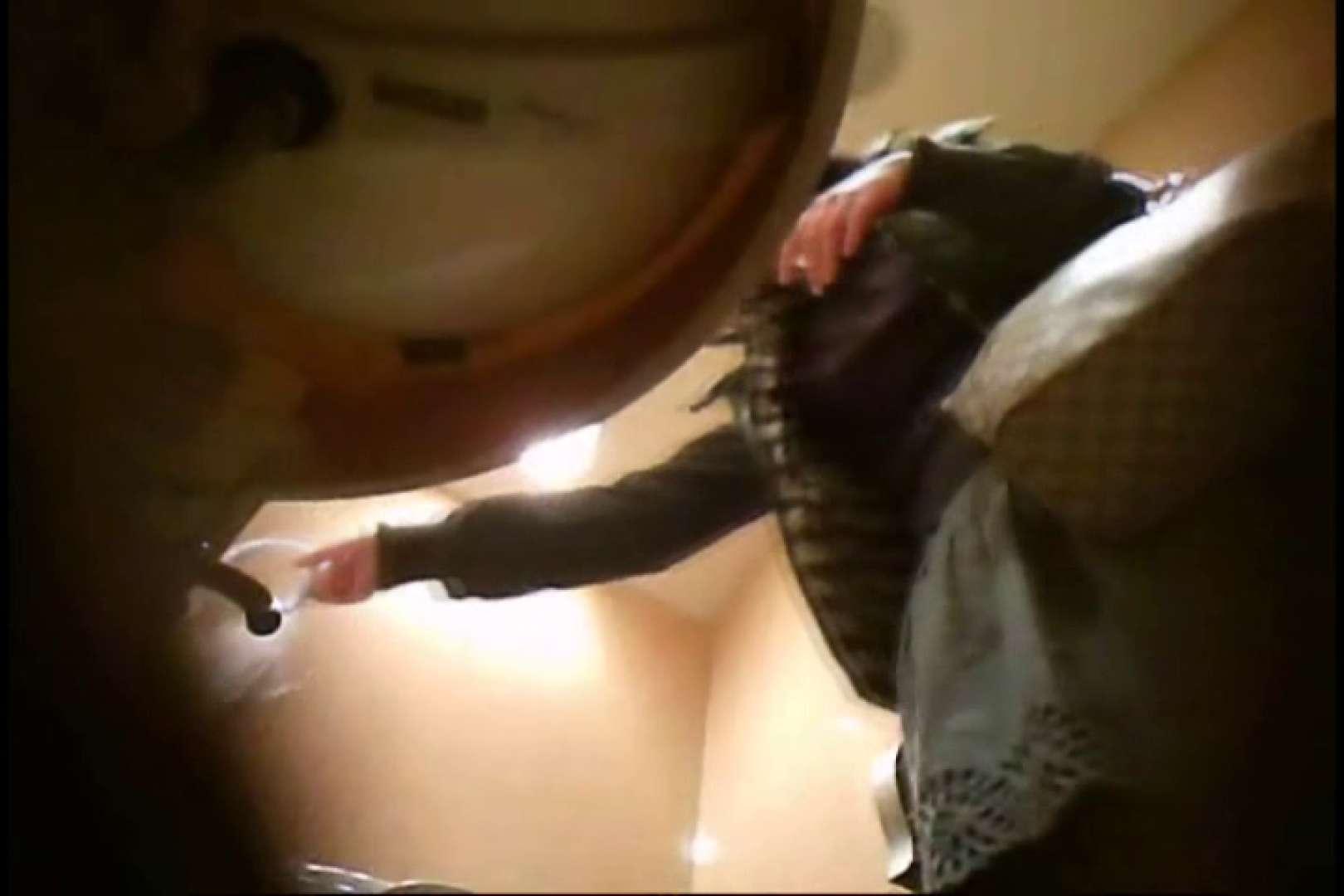 画質向上!新亀さん厠 vol.01 黄金水 ワレメ動画紹介 107PIX 9
