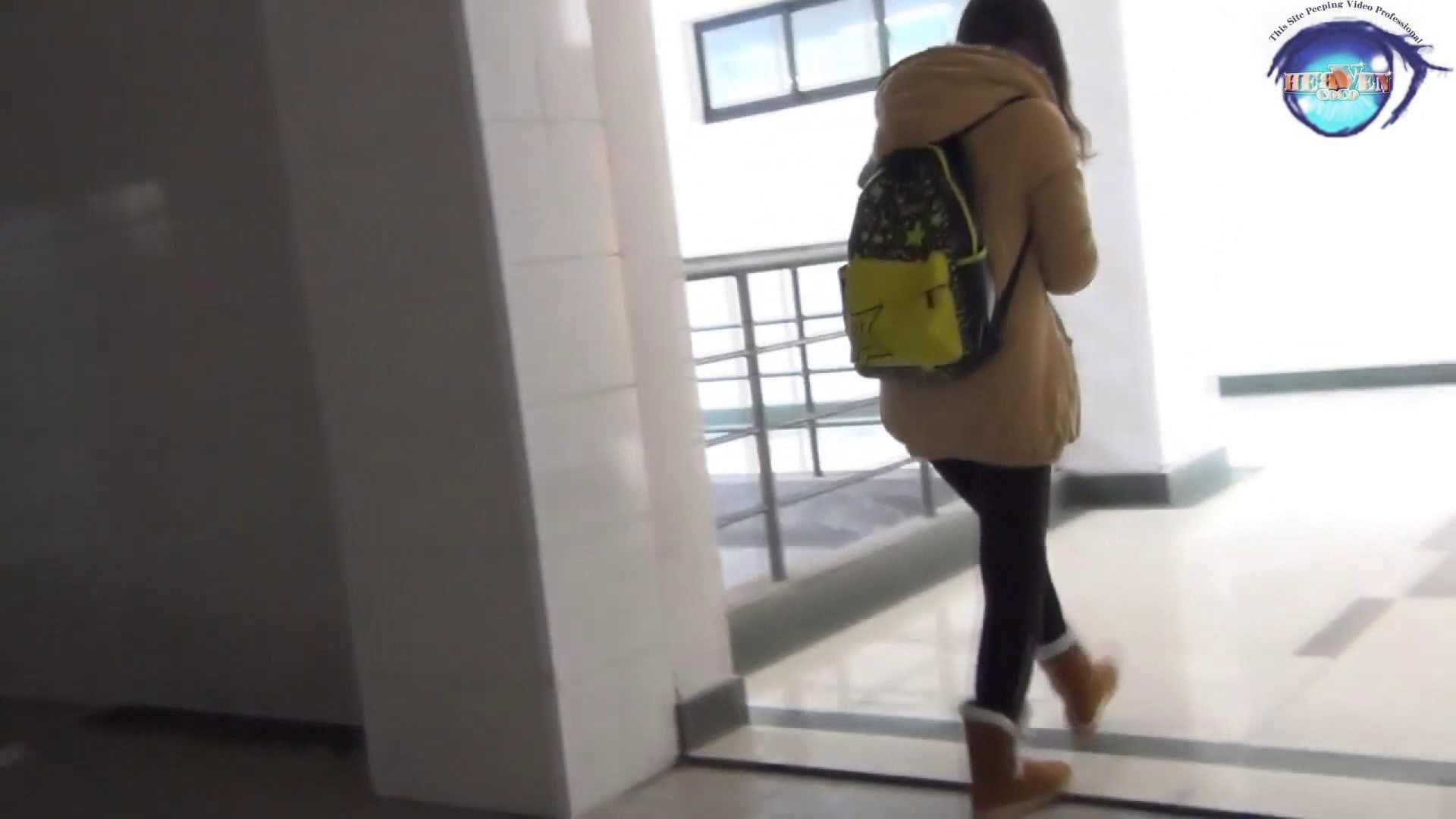 GOD HAND 芸術大学盗撮‼vol.55 洗面所編 性交動画流出 76PIX 50
