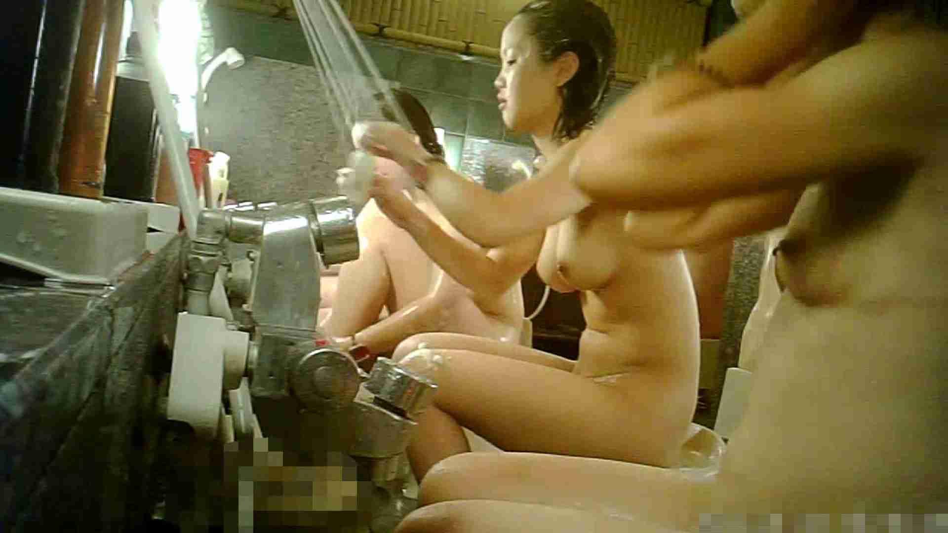 手を染めてしまった女性盗撮師の女風呂潜入記 vol.006 潜入 セックス画像 100PIX 20