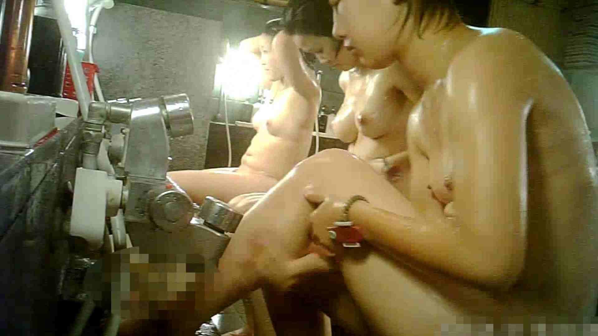 手を染めてしまった女性盗撮師の女風呂潜入記 vol.006 高画質 アダルト動画キャプチャ 100PIX 69
