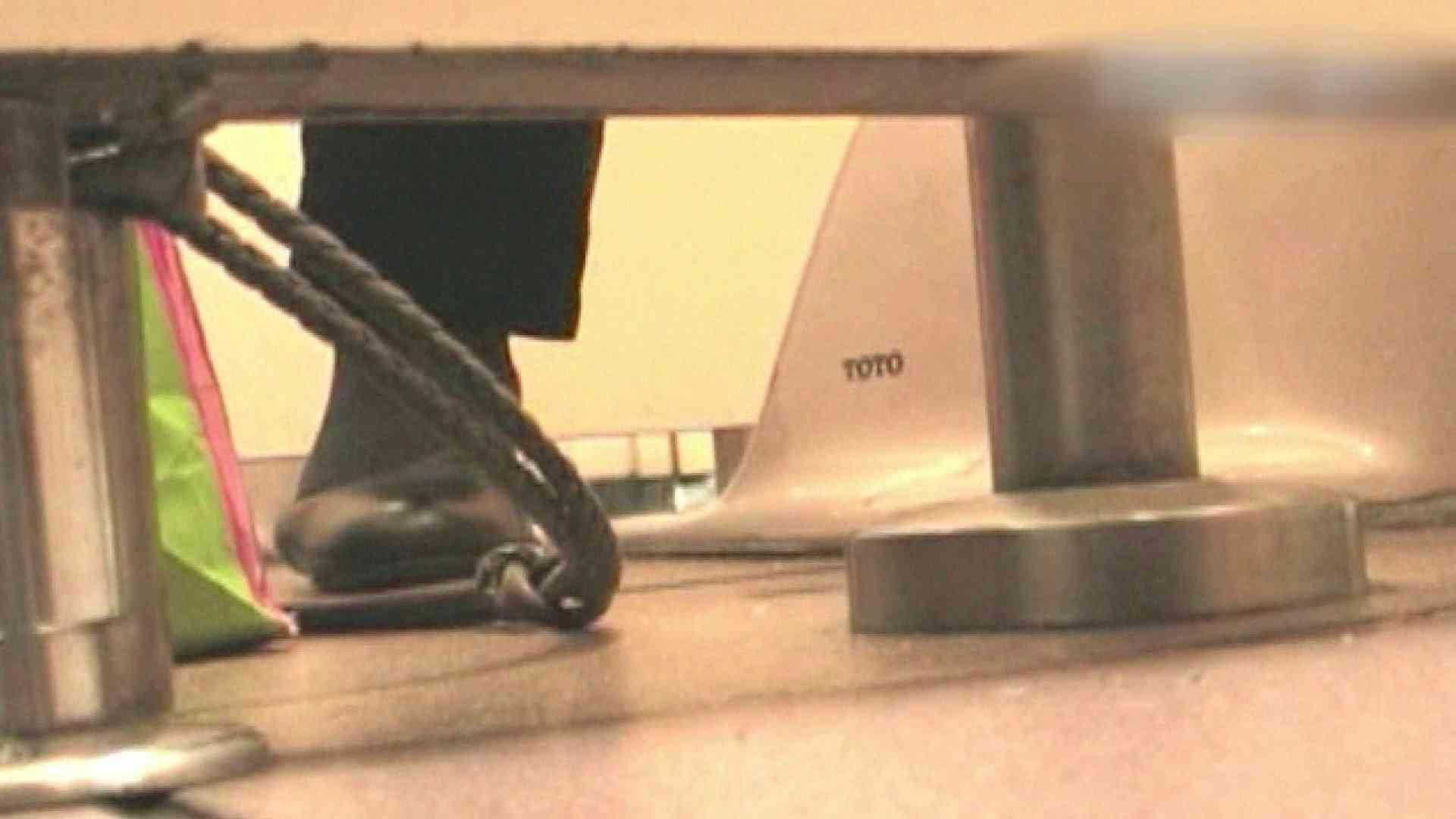 ロックハンドさんの盗撮記録File.27 潜入 | パンティ  98PIX 25
