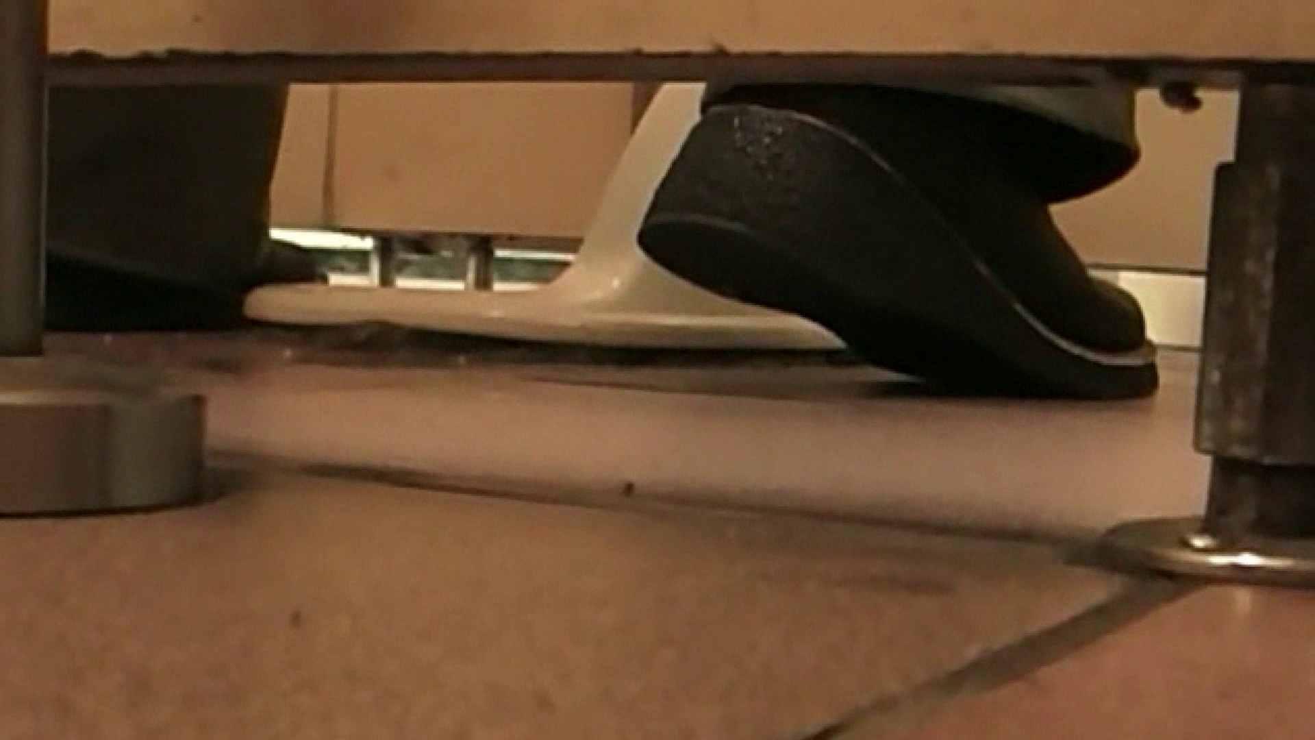 ロックハンドさんの盗撮記録File.73 マンコエロすぎ   厠・・・  78PIX 73