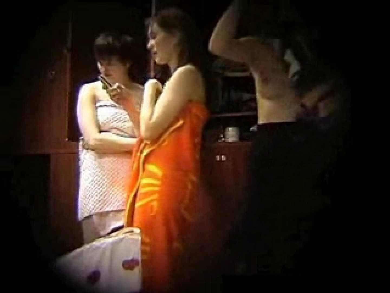 欧州ロッカールーム覗き撮り5 ギャルのエロ動画 戯れ無修正画像 111PIX 63