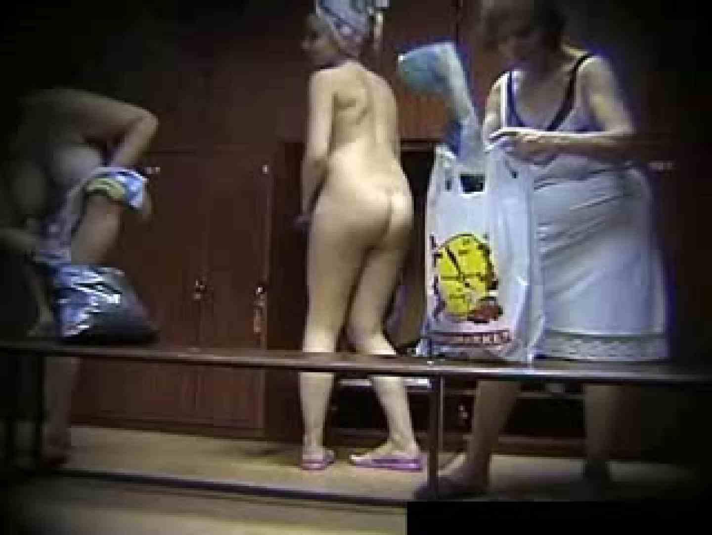 欧州ロッカールーム覗き撮り5 ギャルのエロ動画 戯れ無修正画像 111PIX 68