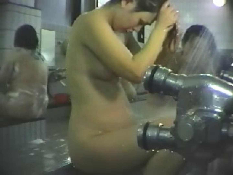 揺れ動く美乙女達の乳房 vol.1 お姉さんのオマタ スケベ動画紹介 108PIX 53