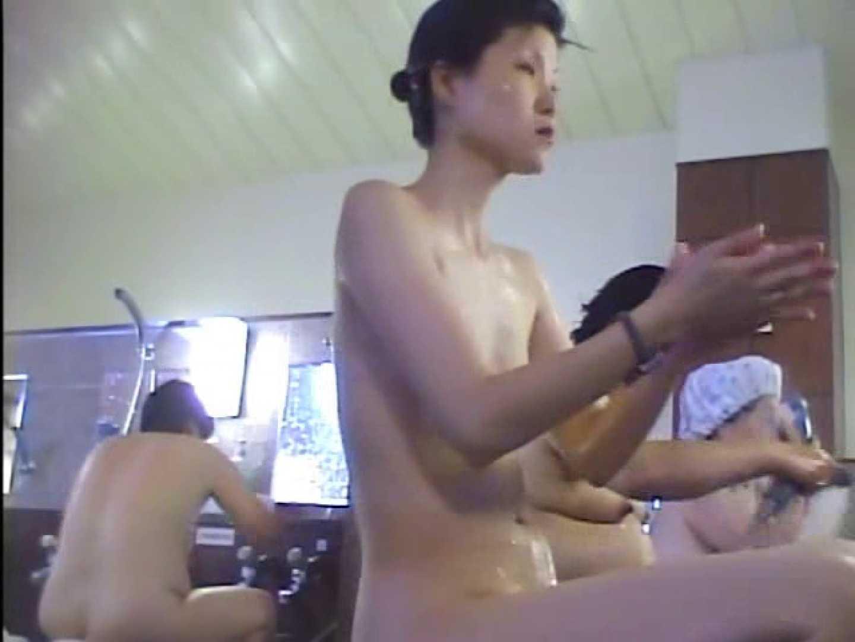 浴場潜入脱衣の瞬間!第四弾 vol.1 お姉さんのエロ動画 AV動画キャプチャ 109PIX 107
