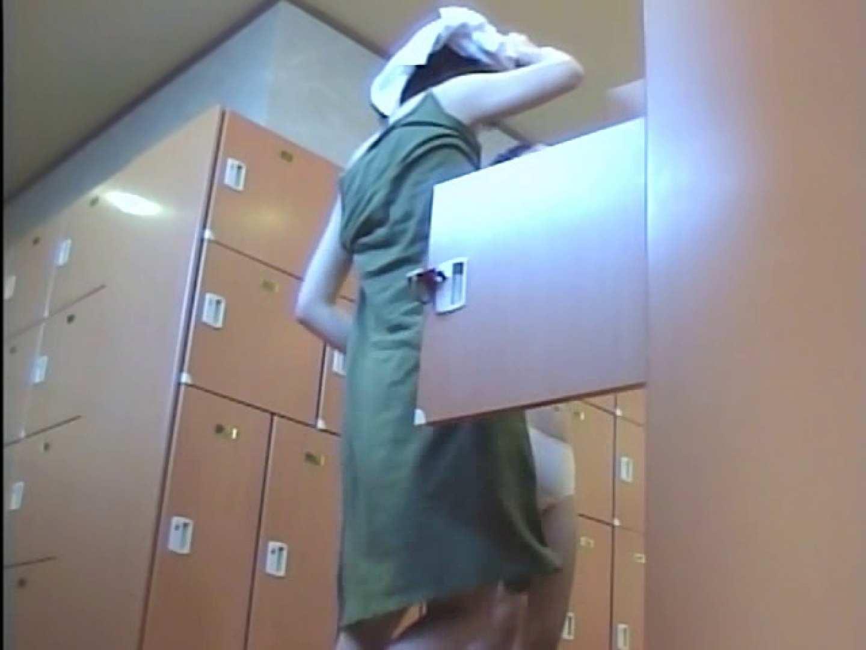 浴場潜入脱衣の瞬間!第三弾 vol.2 潜入 オマンコ無修正動画無料 93PIX 42