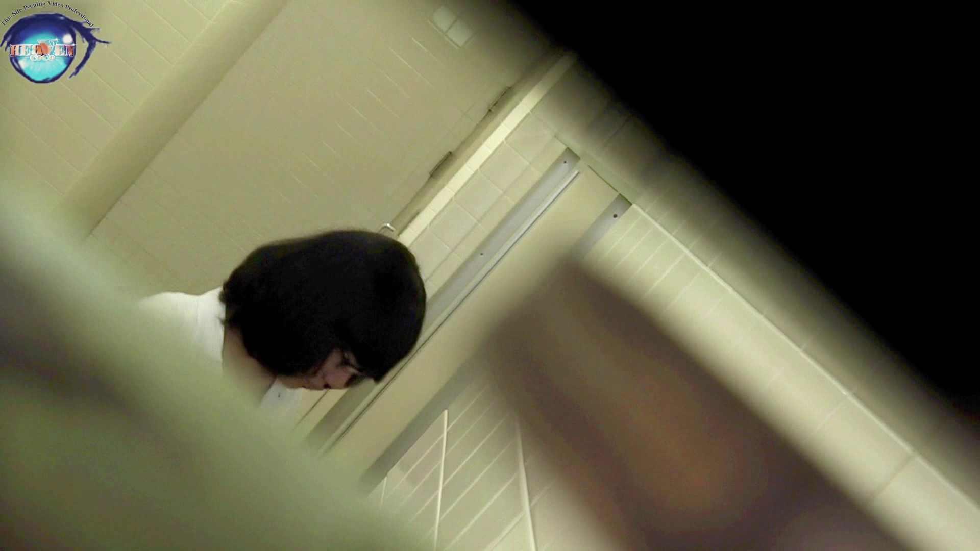 洗面所突入レポート!!お銀 vol.68 無謀に通路に飛び出て一番明るいフロント撮り実現 前編 洗面所編  86PIX 80