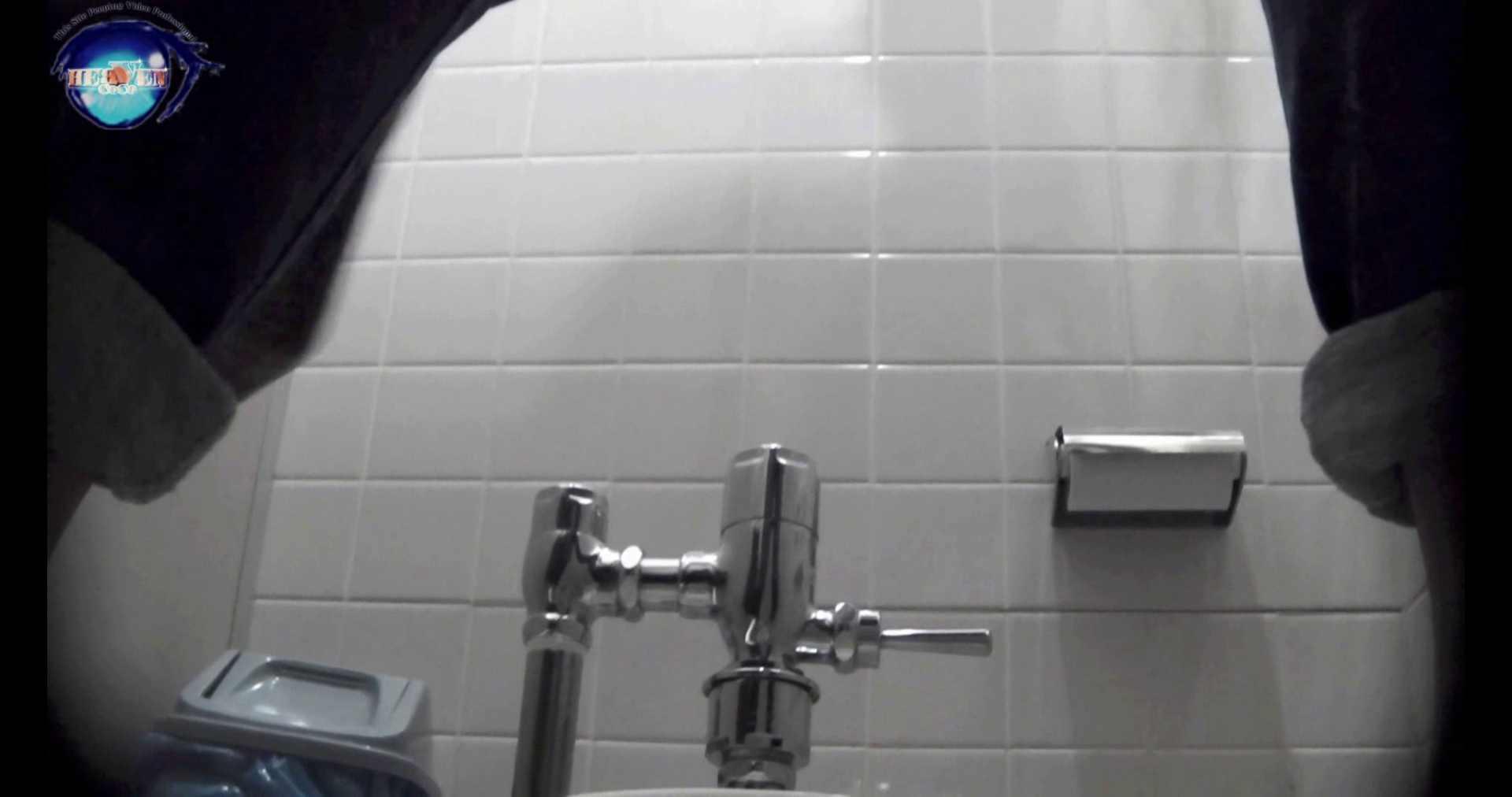 【お銀さんの「洗面所突入レポート!!」】お銀 vol.70 女性の日特集!!前編 洗面所編  106PIX 50