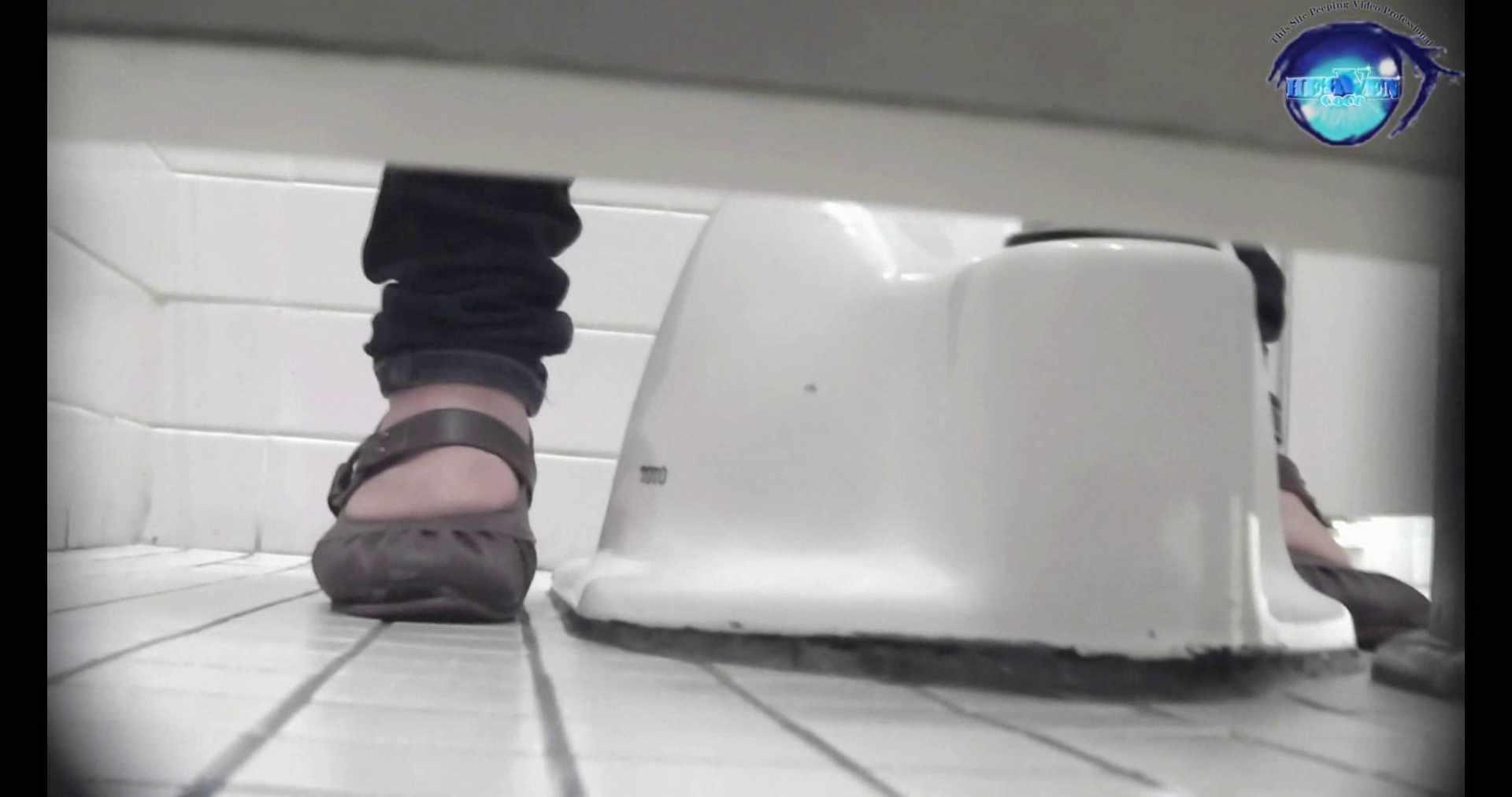 お銀さんの洗面所突入レポート!!vol.72 あのかわいい子がついフロント撮り実演 洗面所編 | バックショット  100PIX 7