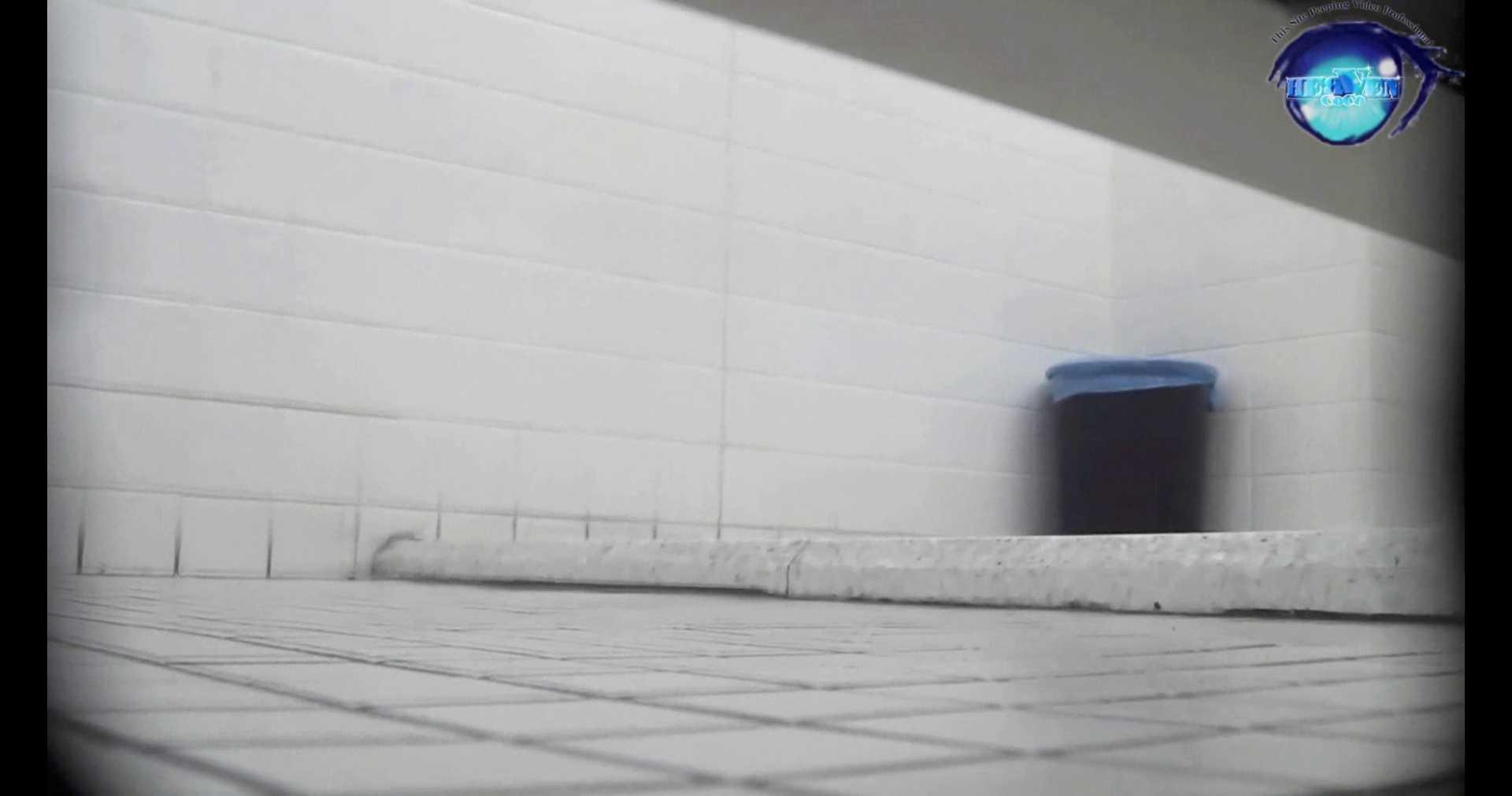 お銀さんの洗面所突入レポート!!vol.72 あのかわいい子がついフロント撮り実演 洗面所編 | バックショット  100PIX 25