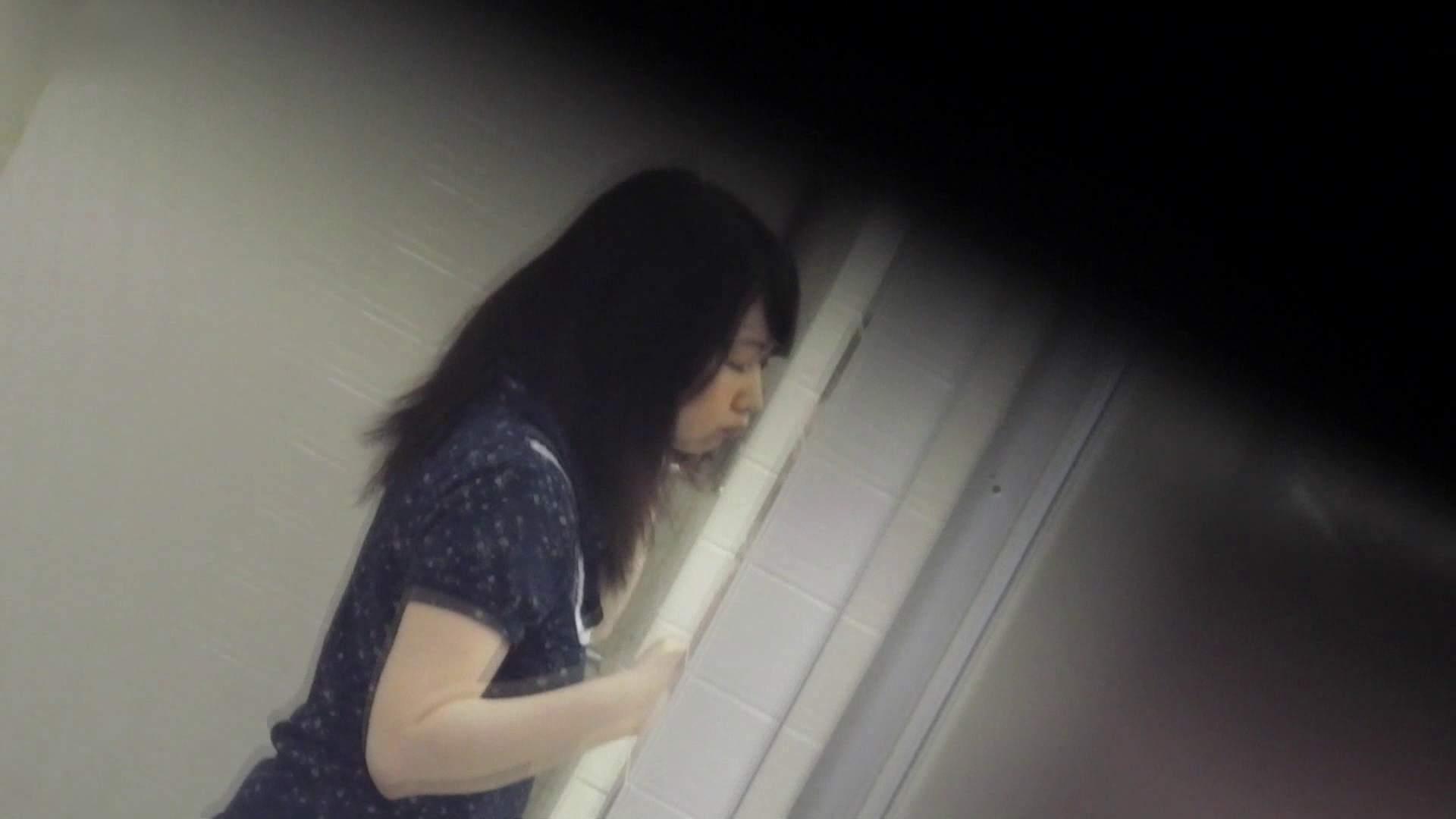 お銀さんの洗面所突入レポート!!vol.73 シリーズ一番エロい尻登場 洗面所編  75PIX 20