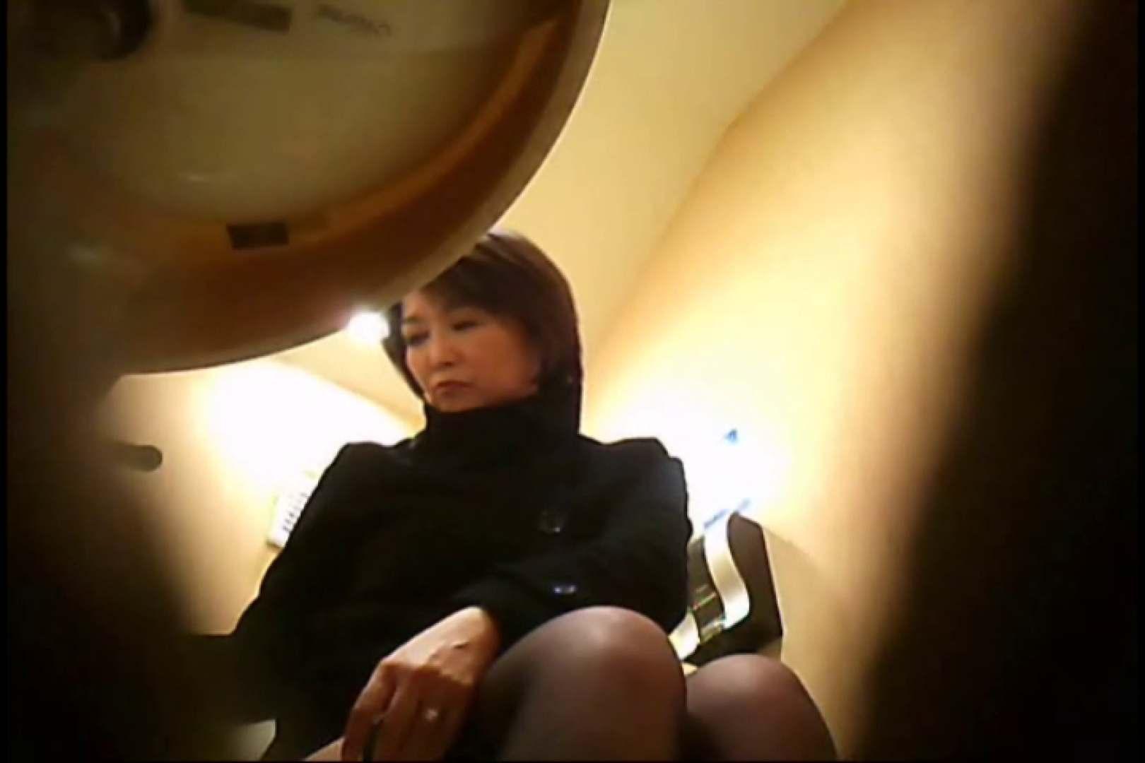 潜入!!女子化粧室盗撮~絶対見られたくない時間~vo,4 潜入  77PIX 45