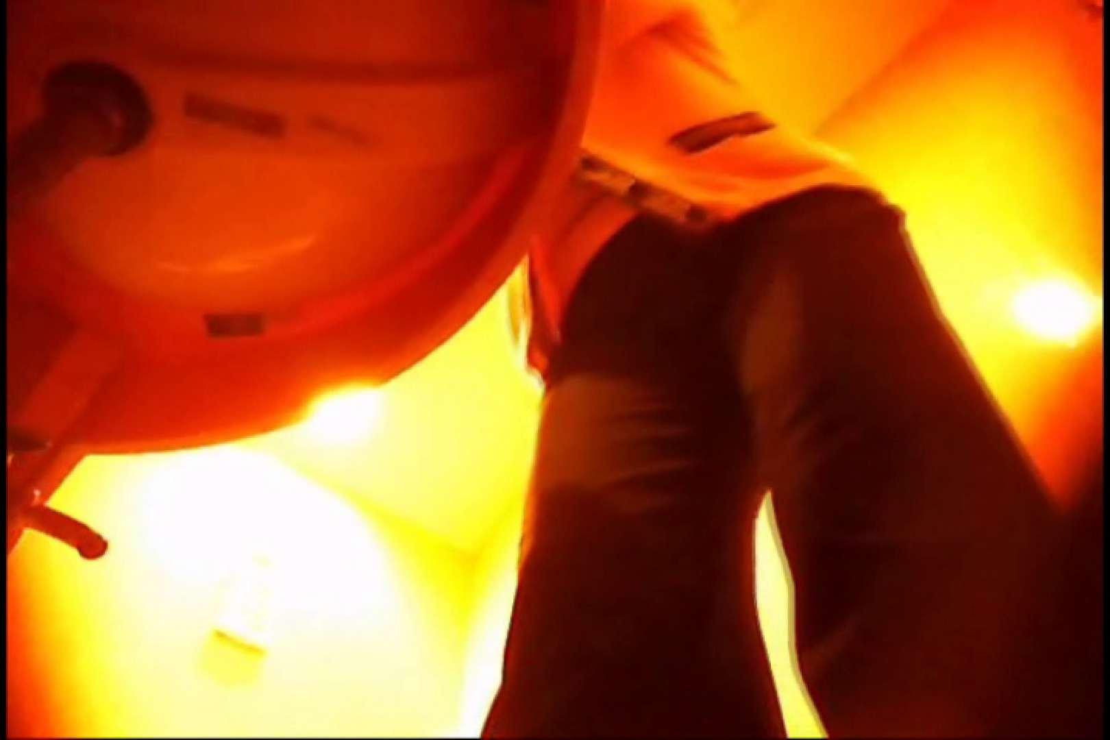 潜入!!女子化粧室盗撮~絶対見られたくない時間~vo,10 お姉さんのエロ動画 盗撮画像 88PIX 81