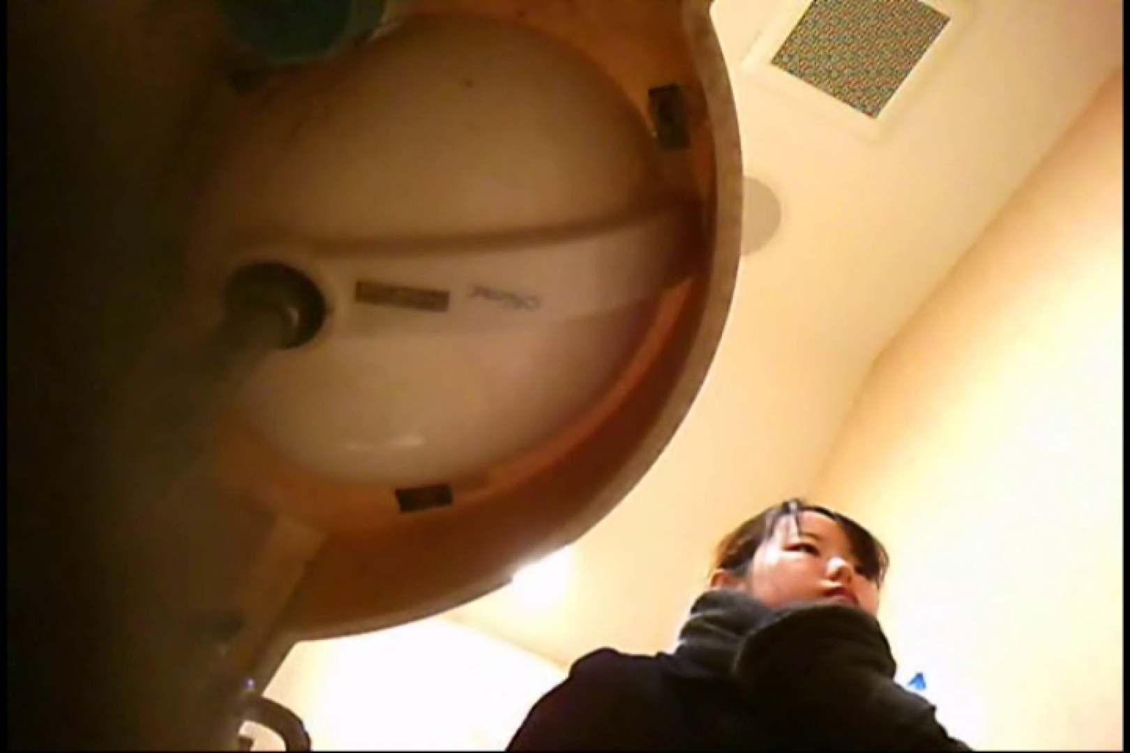 潜入!!女子化粧室盗撮~絶対見られたくない時間~vo,11 潜入 | お姉さんのエロ動画  89PIX 1