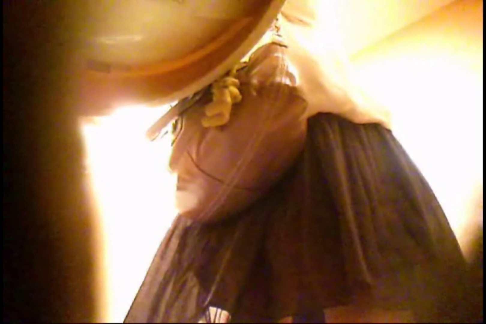 潜入!!女子化粧室盗撮~絶対見られたくない時間~vo,128 熟女のエロ動画   お姉さんのエロ動画  103PIX 17