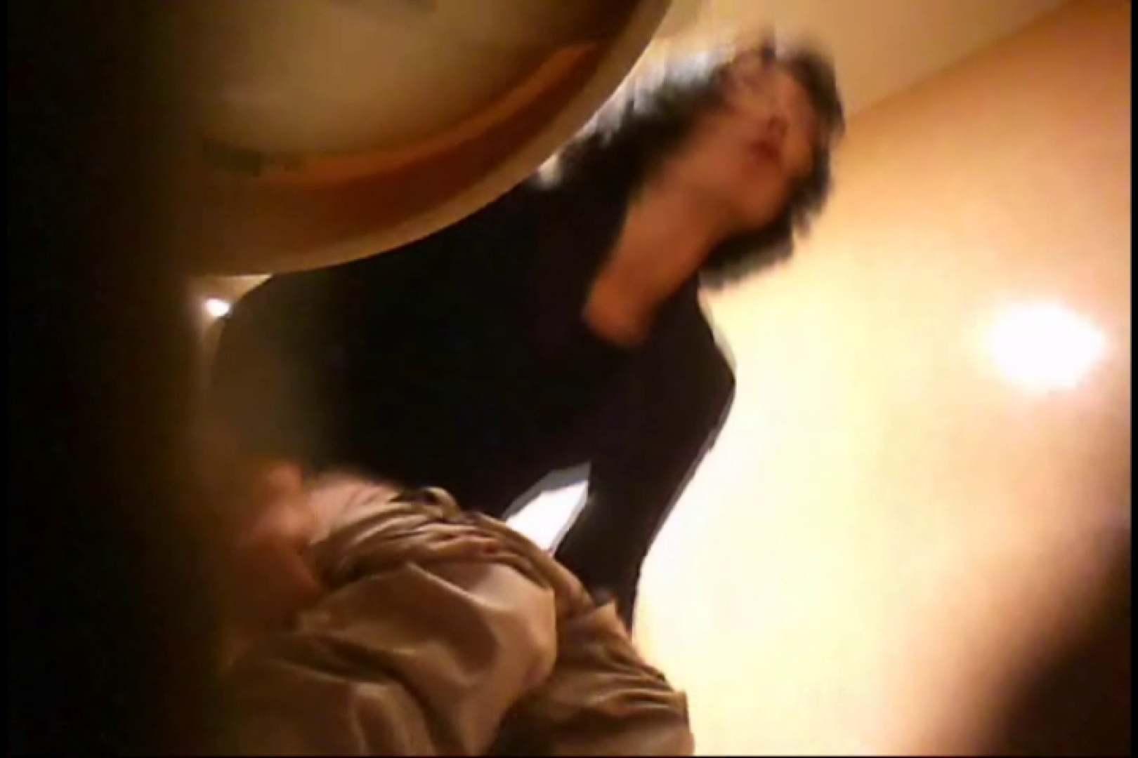 潜入!!女子化粧室盗撮~絶対見られたくない時間~vo,128 潜入 エロ画像 103PIX 63