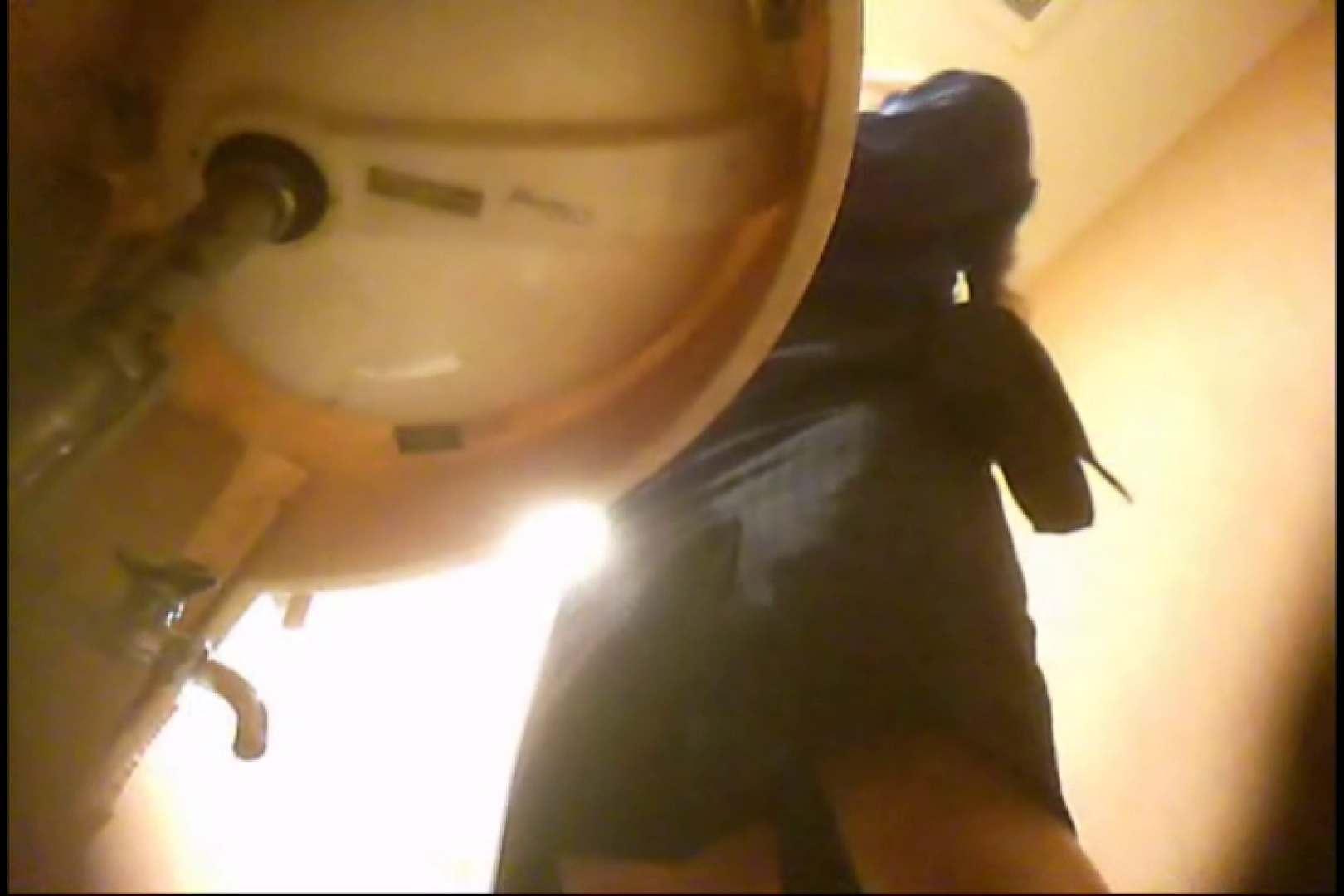 潜入!!女子化粧室盗撮~絶対見られたくない時間~vo,129 熟女のエロ動画 | 潜入  75PIX 33