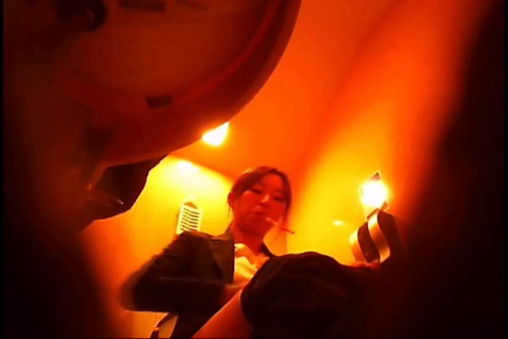 潜入!!女子化粧室盗撮~絶対見られたくない時間~vo,13 お姉さんのエロ動画 | 潜入  81PIX 51