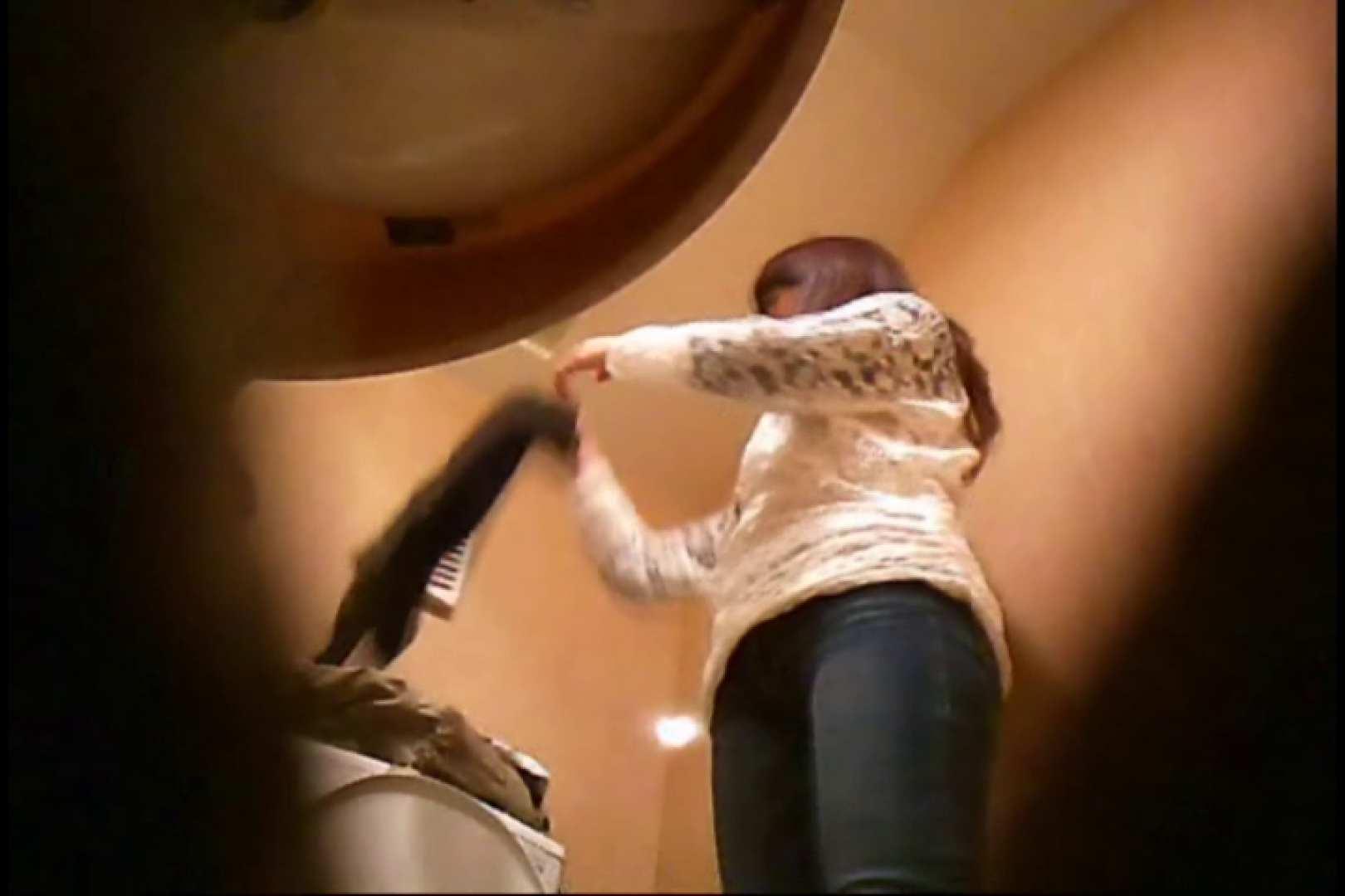 潜入!!女子化粧室盗撮~絶対見られたくない時間~vo,17 お姉さんのエロ動画  97PIX 45