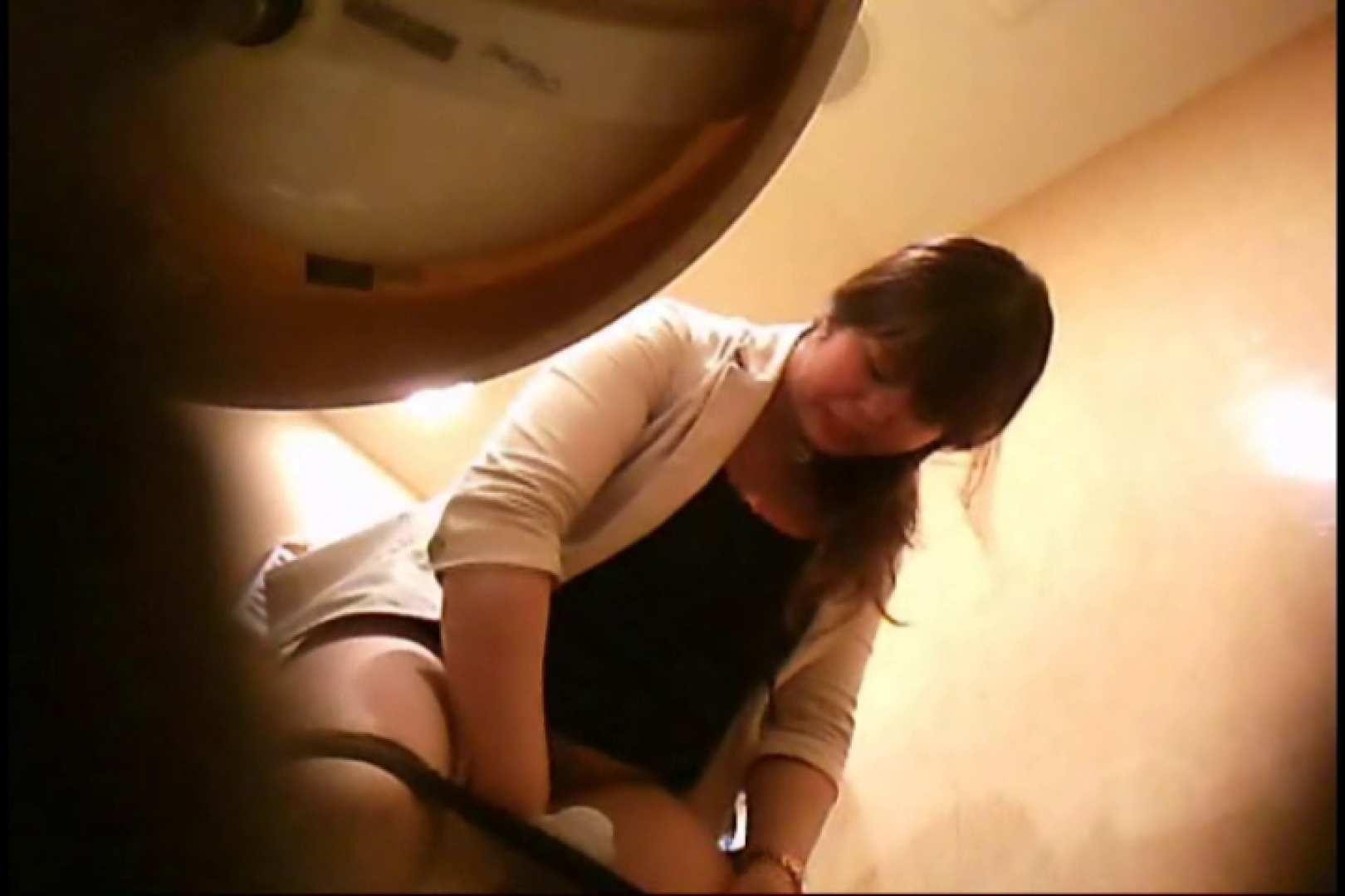 潜入!!女子化粧室盗撮~絶対見られたくない時間~vo,27 ぽっちゃり女子 | 潜入  80PIX 31