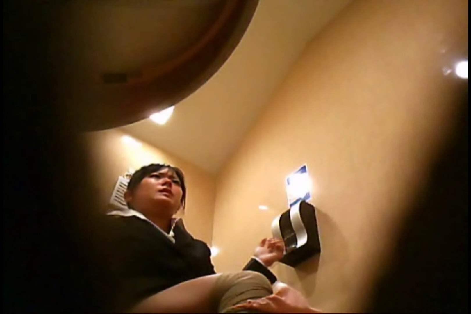 潜入!!女子化粧室盗撮~絶対見られたくない時間~vo,31 お姉さんのエロ動画  82PIX 54