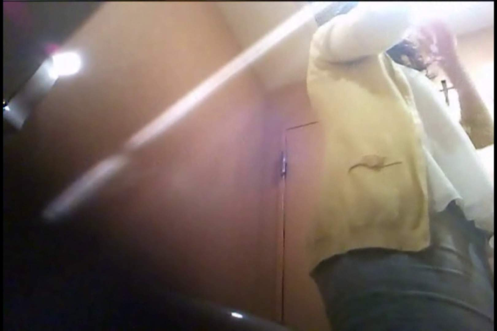 潜入!!女子化粧室盗撮~絶対見られたくない時間~vo,45 潜入   盗撮シリーズ  79PIX 49