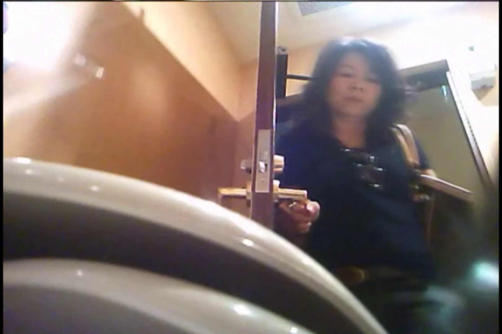 潜入!!女子化粧室盗撮~絶対見られたくない時間~vo,58 熟女のエロ動画  104PIX 68