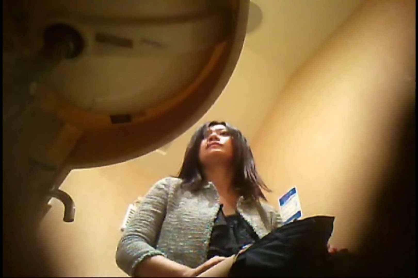 潜入!!女子化粧室盗撮~絶対見られたくない時間~vo,62 熟女のエロ動画 | お姉さんのエロ動画  81PIX 1