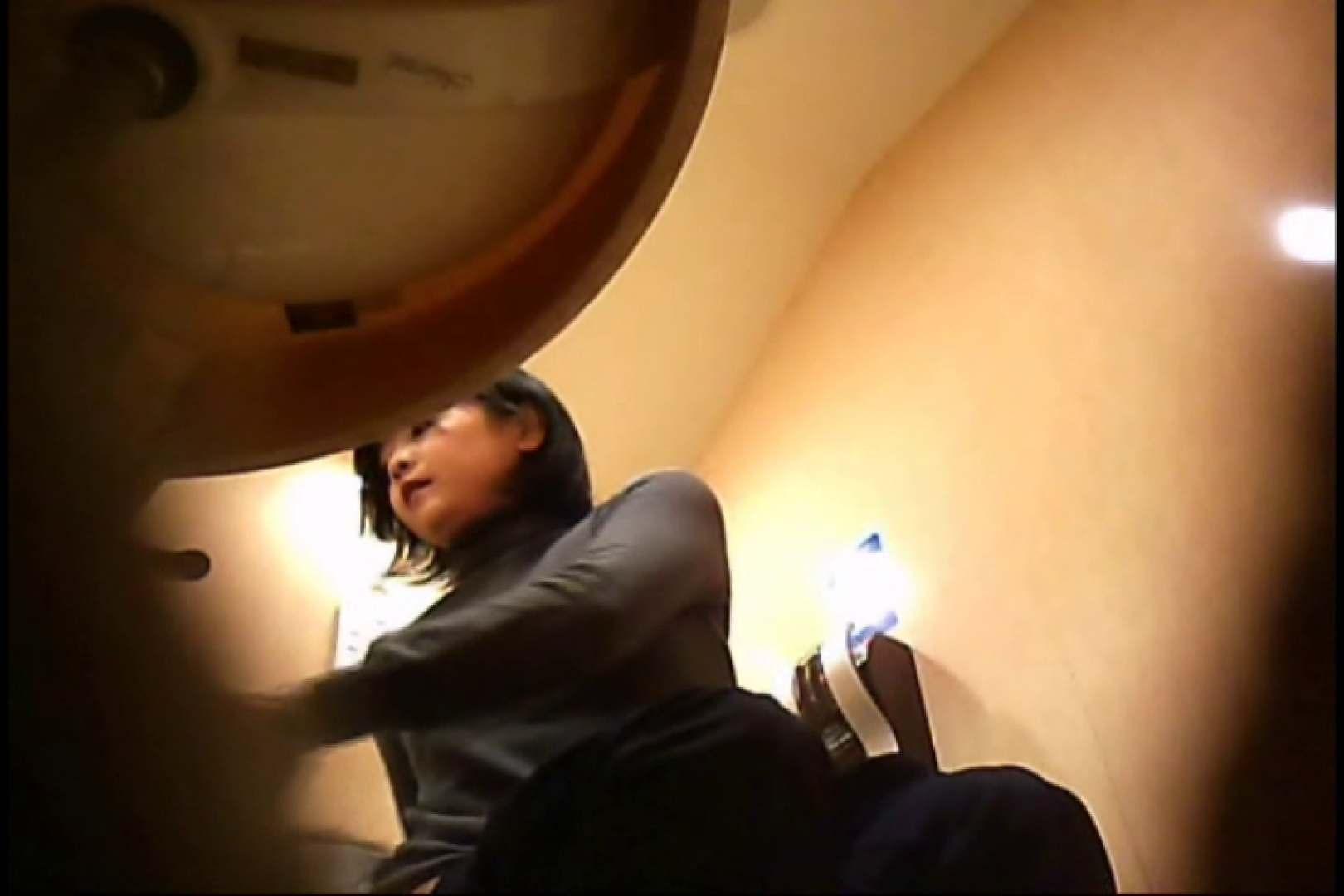 潜入!!女子化粧室盗撮~絶対見られたくない時間~vo,83 丸見え | お尻  105PIX 43