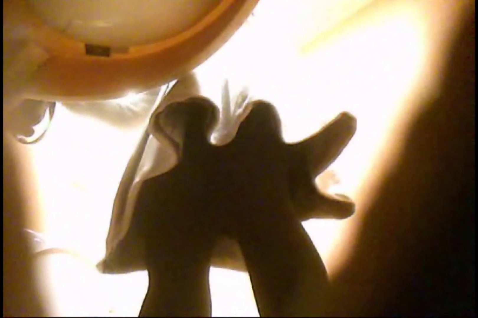 潜入!!女子化粧室盗撮~絶対見られたくない時間~vo,84 潜入 | 盗撮シリーズ  103PIX 5