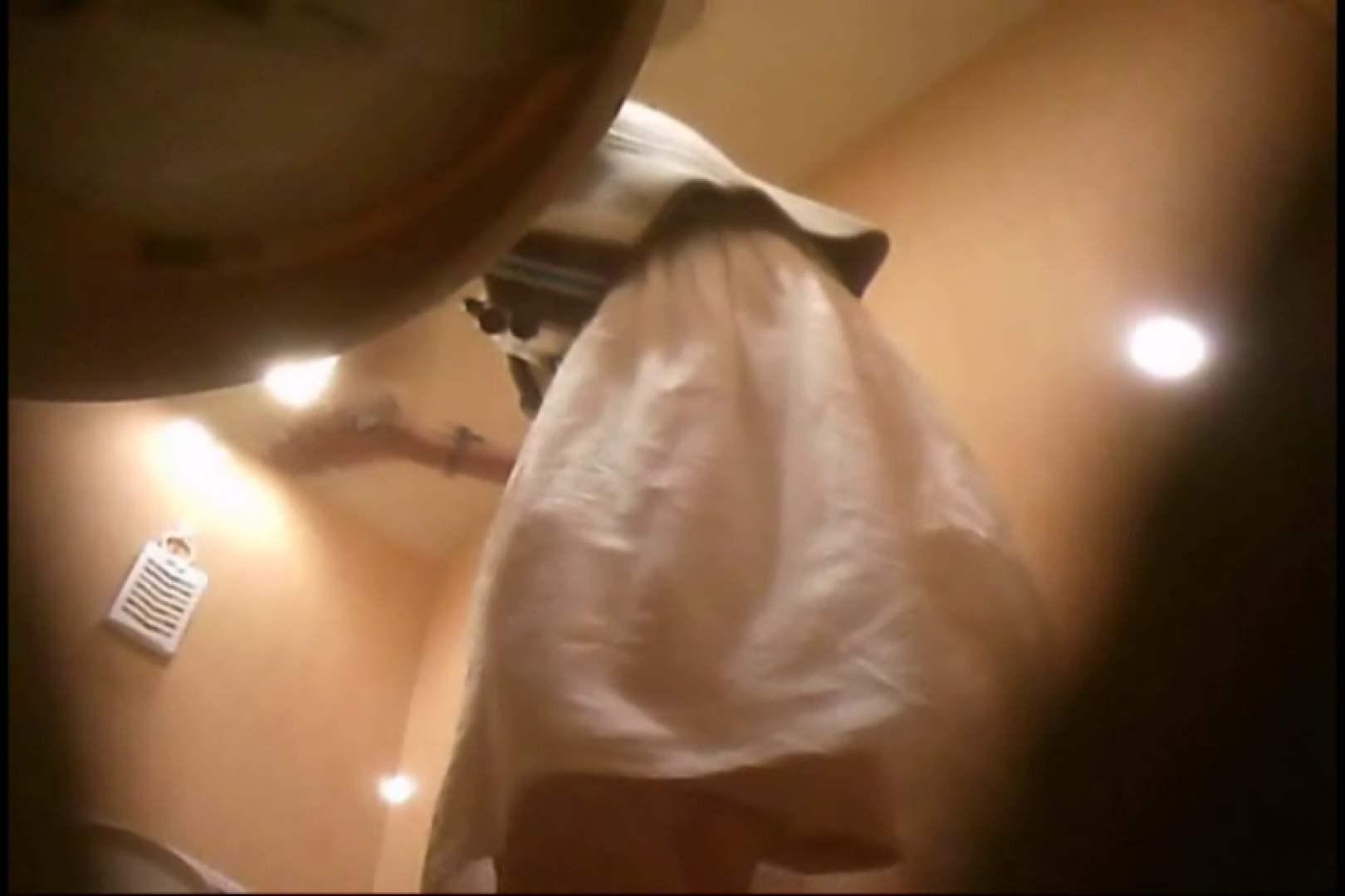 潜入!!女子化粧室盗撮~絶対見られたくない時間~vo,93 お姉さんのエロ動画  90PIX 48