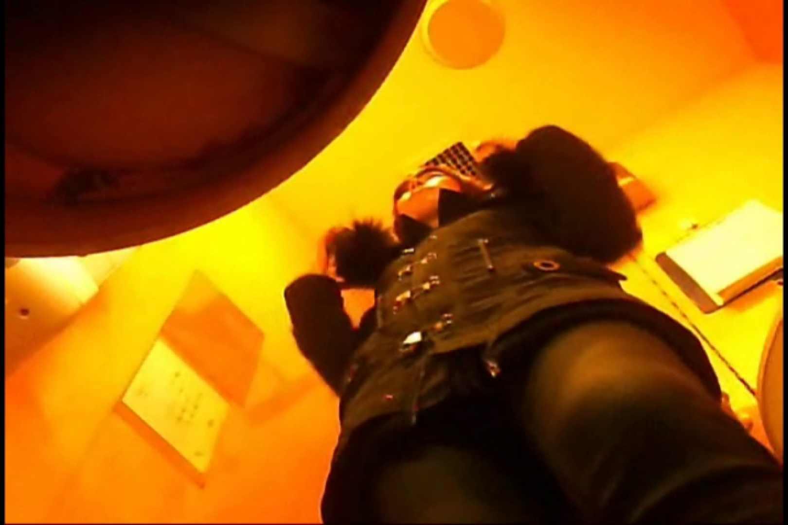 実録!魂の女子化粧室盗撮!!~隠れ潜む特殊カメラ~vo,20 熟女のエロ動画 おまんこ無修正動画無料 108PIX 35