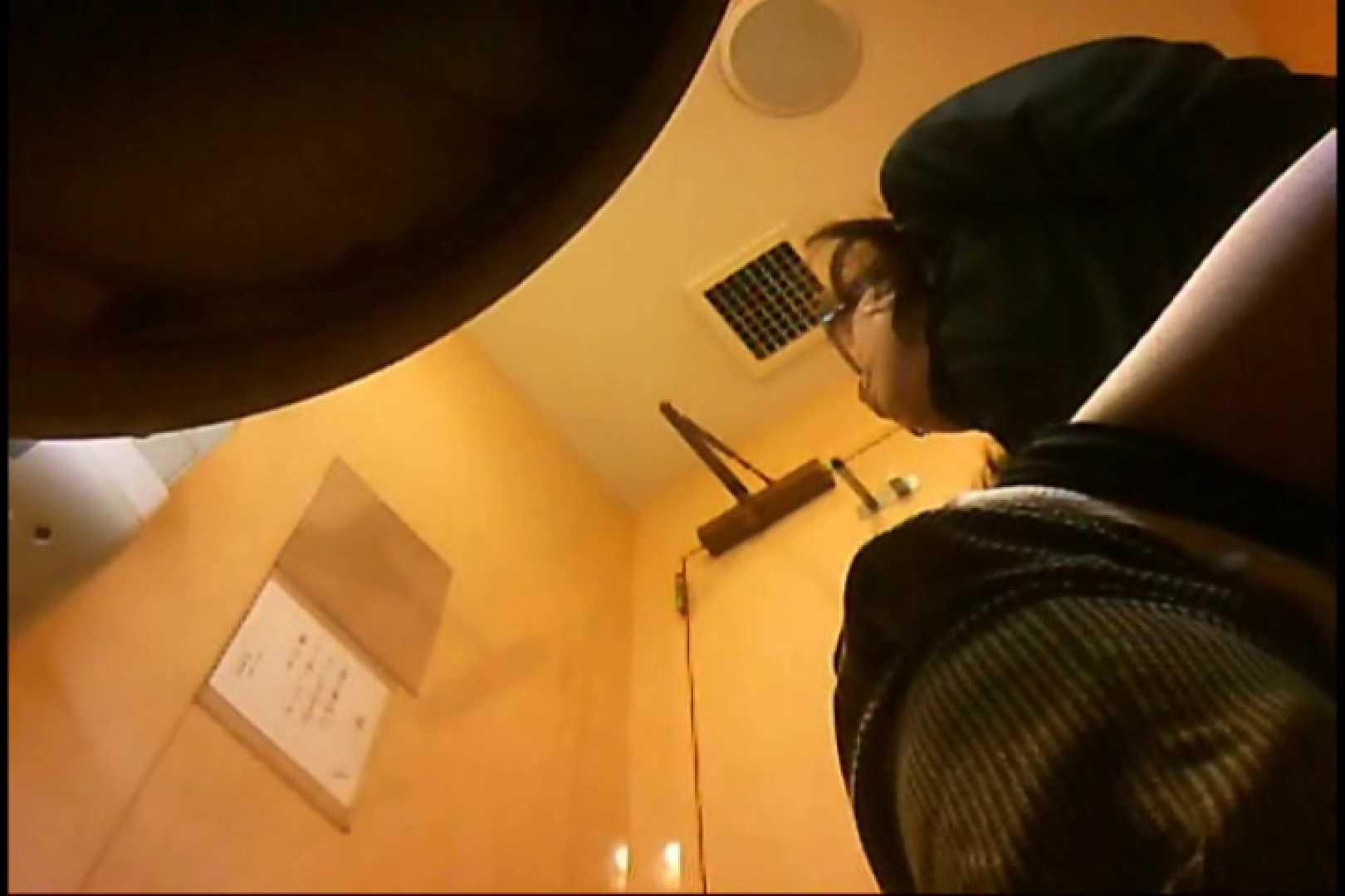 実録!魂の女子化粧室盗撮!!~隠れ潜む特殊カメラ~vo,20 お尻  108PIX 60