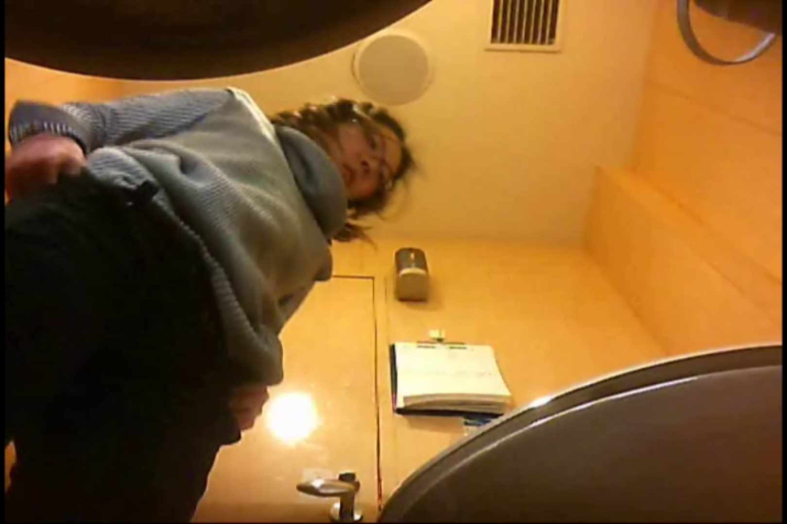 実録!魂の女子化粧室盗撮!!~隠れ潜む特殊カメラ~vo,21 お尻 | 盗撮シリーズ  97PIX 67
