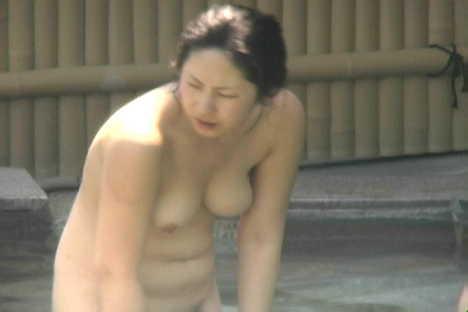 高画質露天女風呂観察 vol.002 露天風呂編 エロ画像 106PIX 50
