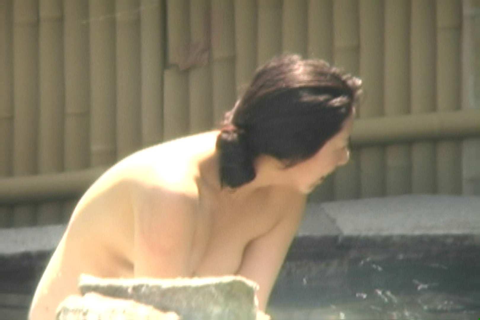 高画質露天女風呂観察 vol.002 入浴  106PIX 66