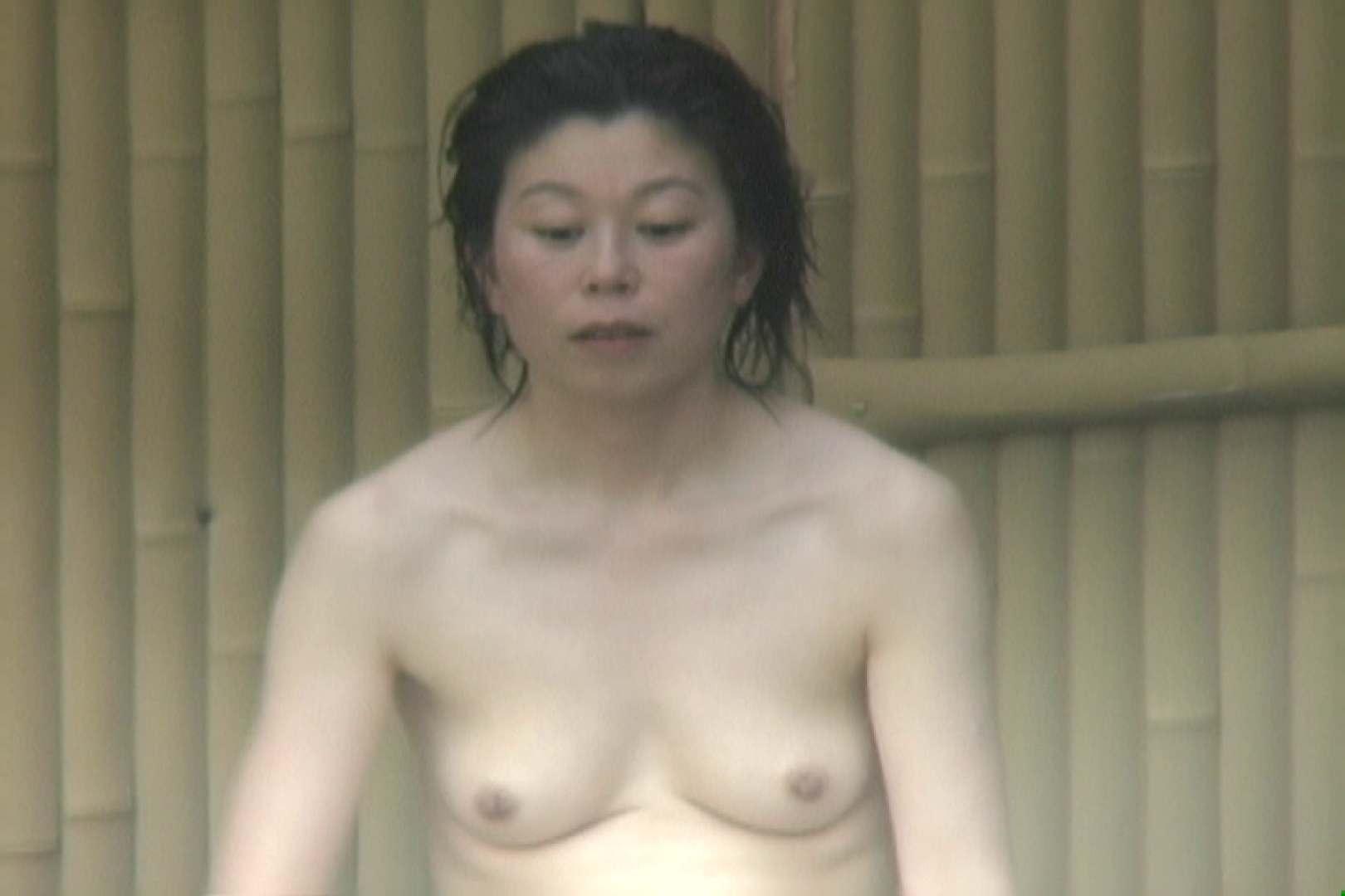 高画質露天女風呂観察 vol.008 望遠映像 | 乙女のエロ動画  102PIX 37
