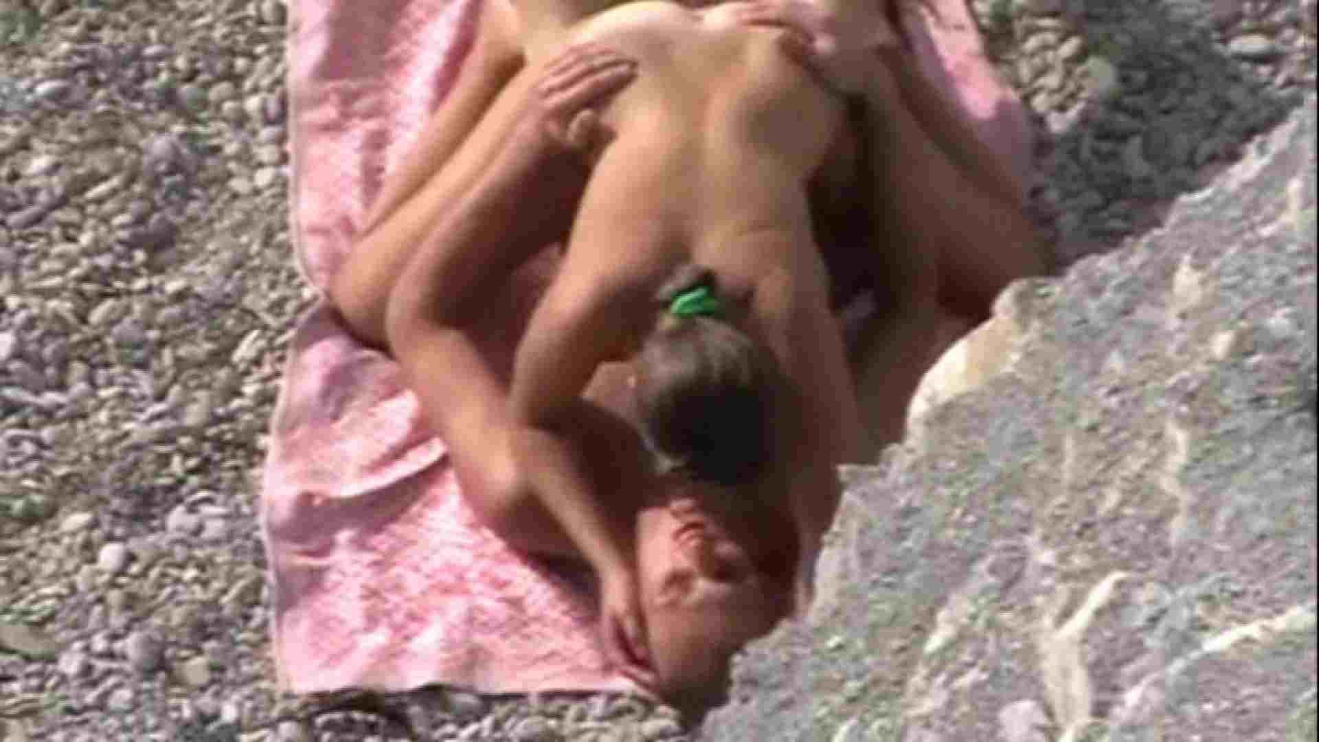 SEX ON THE BEACHvol.6 SEXで興奮 盗み撮り動画 106PIX 53