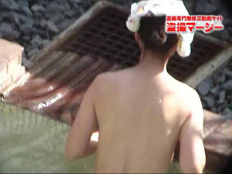 新 露天風呂③ セクシーガール  98PIX 10